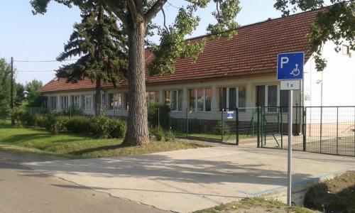 Tarnabod Iskola